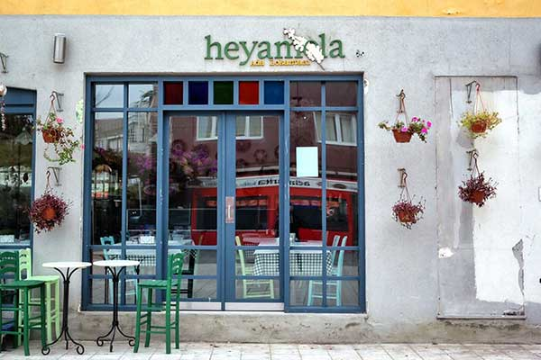 Heyamola Restoran
