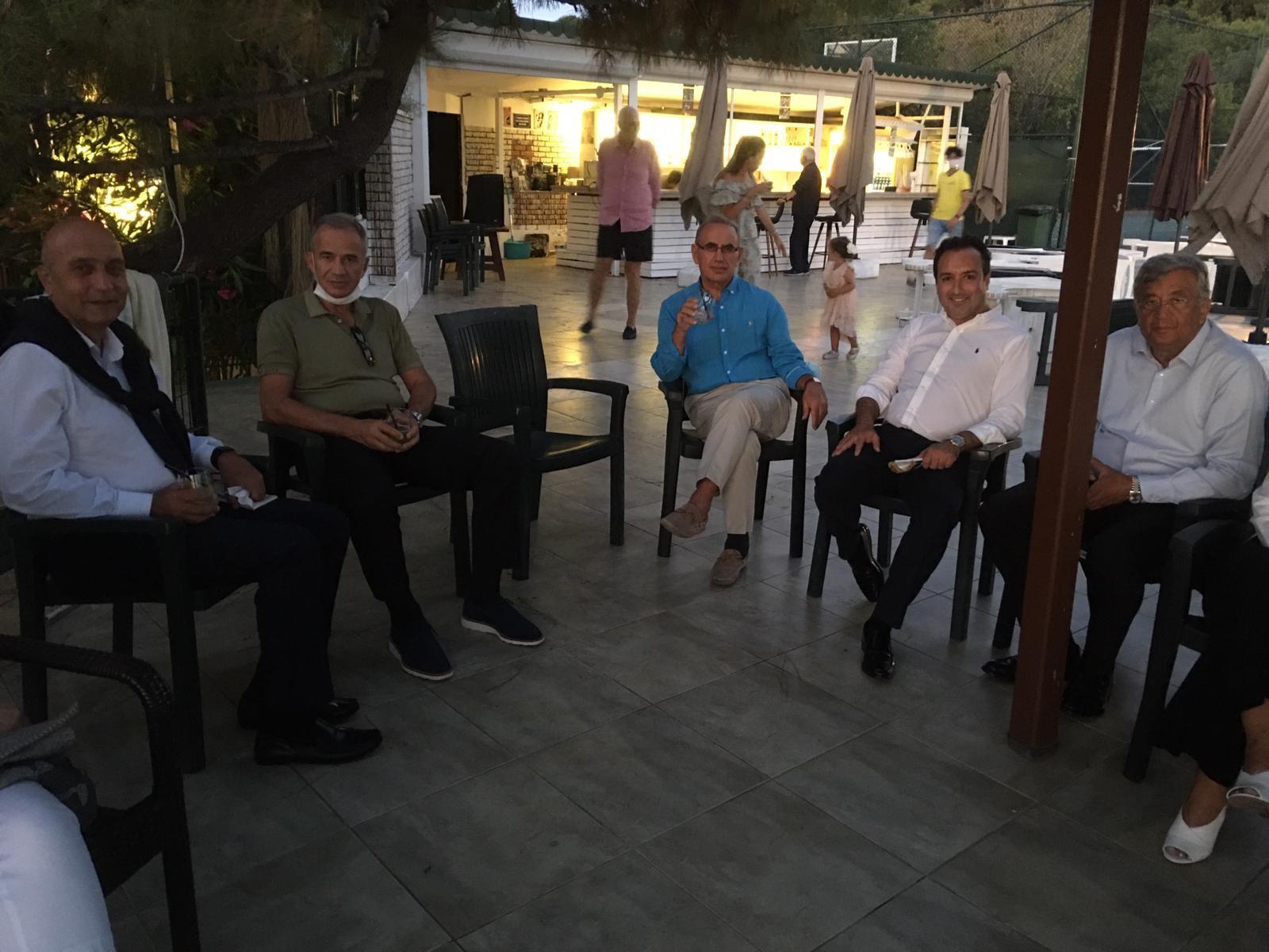 Heybeliada Su Sporları Kulübü'ndeki toplantı öncesinden