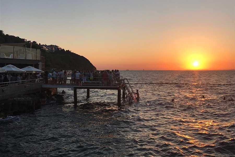 Kınalıada Su Sporlarında Gün Batımı