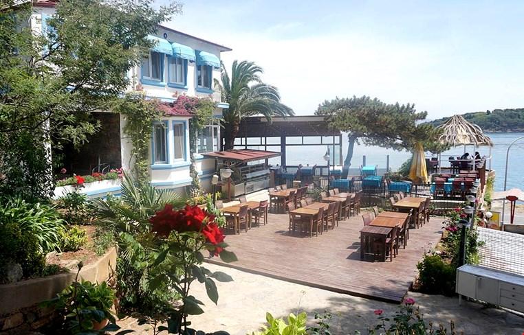 Pyrgos Otel Restaurant