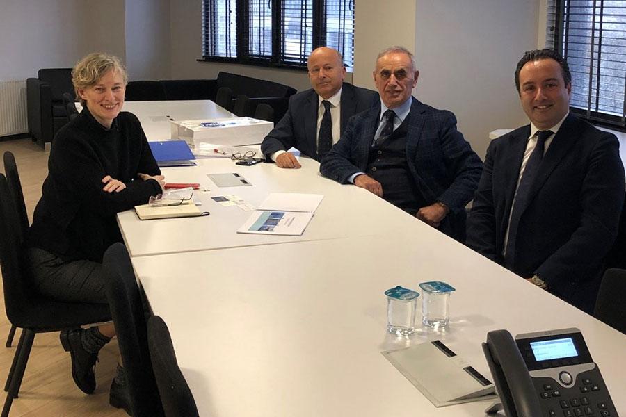 İstanbul Büyükşehir Belediyesi Kent Konseyi başkanı Sayın Tülin Hadi ile bir görüşme yaptık.